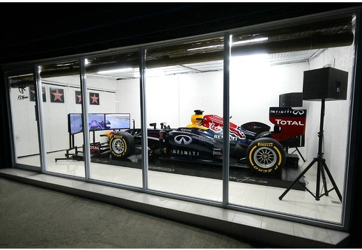 202010F1 RED BULL F1 RACING SIMULATOR 1