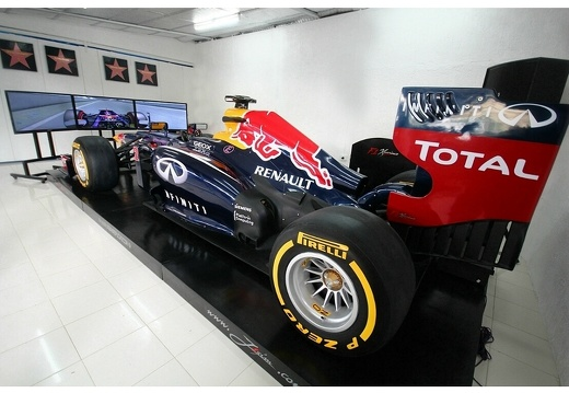 202010F1 RED BULL F1 RACING SIMULATOR 3