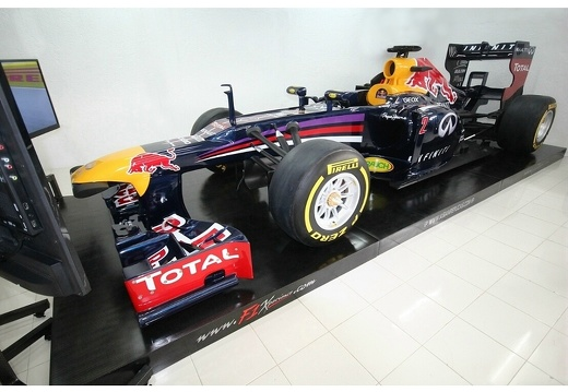 202010F1 RED BULL F1 RACING SIMULATOR 4