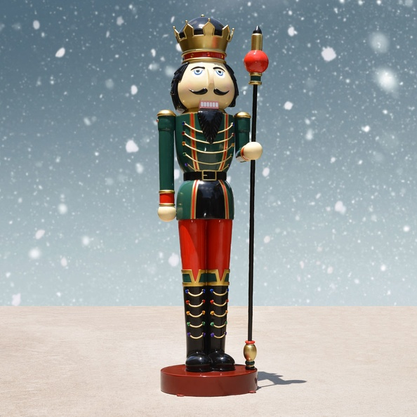 1577_10_FOOT_TALL_RIGHT_CHRISTMAS_NUTCRACKER_TOY_SOLDIER_2.JPG