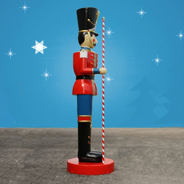 1583_6_FOOT_TALL_CHRISTMAS_NUTCRACKER_TOY_SOLDIER_3.JPG