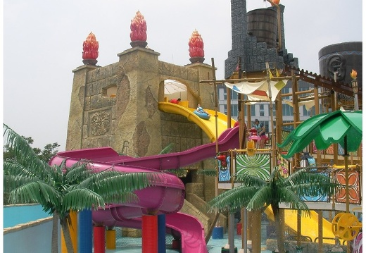 373 WATER PARK PRODUCT THEMING 3