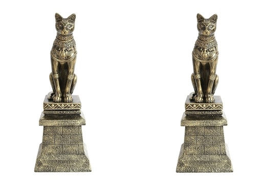 JBEGY004 2 GOLD EGYPTIAN PHARAOHS TEMPLE CATS ON GOLD FIBERGLASS BRICK STAND