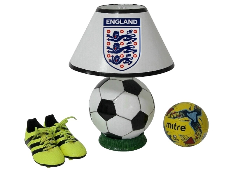 B0539_ENGLAND_FOOTBALL_SCOCCER_LAMP_ALL_TEAMS_CLUBS_AVAILABLE.JPG