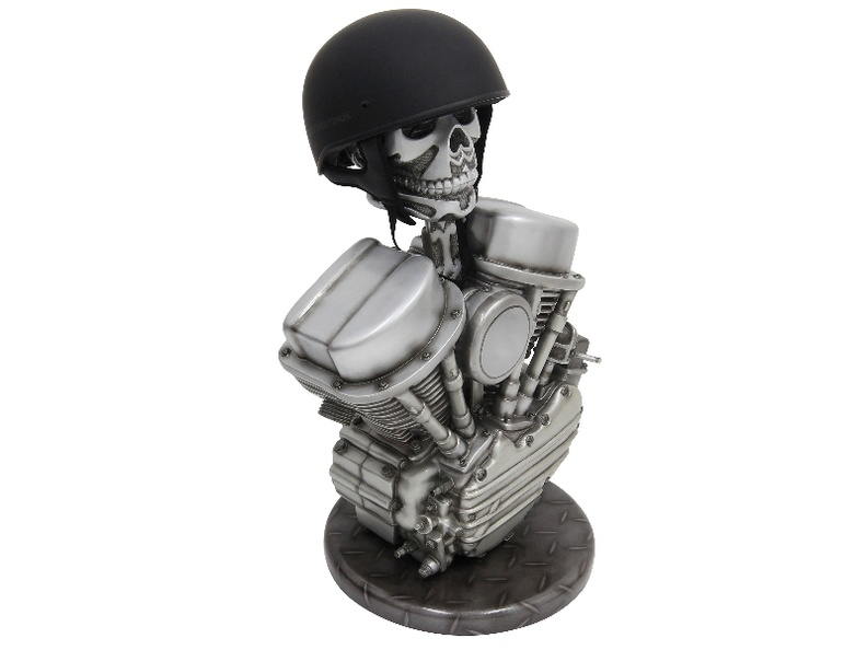 B0155_HARLEY-DAVIDSON_CHOPPER_BIKE_V-TWIN_ENGINE_HELMET_STAND_3.JPG