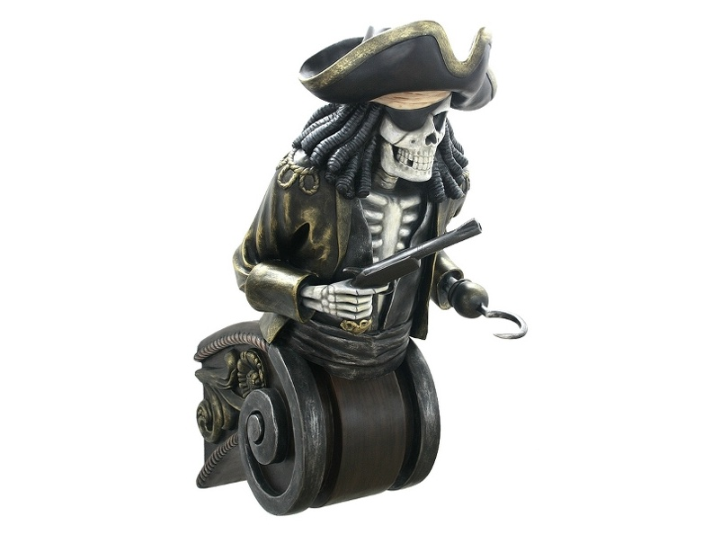 JBP062A_LIFE_SIZE_ANTIQUE_PIRATE_SKELETON_SHIPS_FIGURE_HEAD.JPG